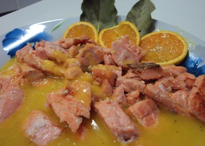 Receta de salmón con salsa de naranja y lima