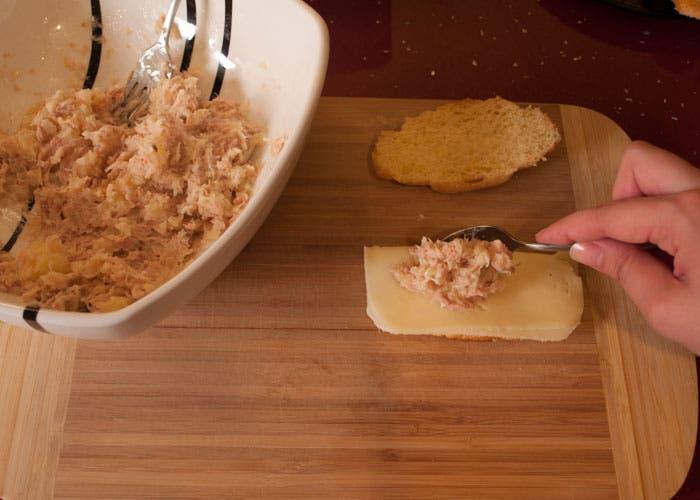 Paso 5 de la elaboración del croissant relleno