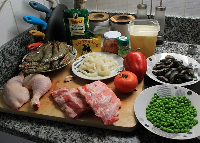 Ingredientes de la paella mixta