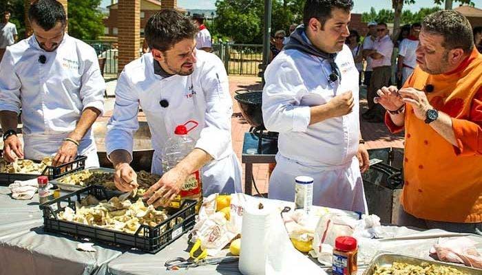 Momento del programa 7 de Top chef cocinando la caldereta