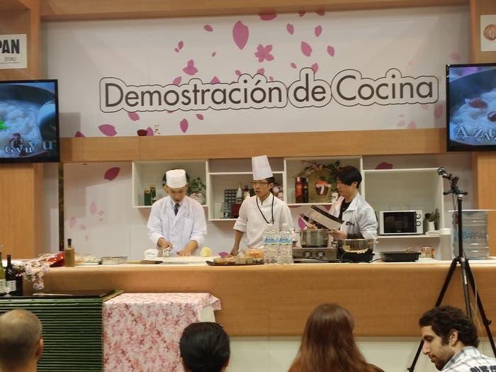 Demostración de cocina en el Stand de Japón