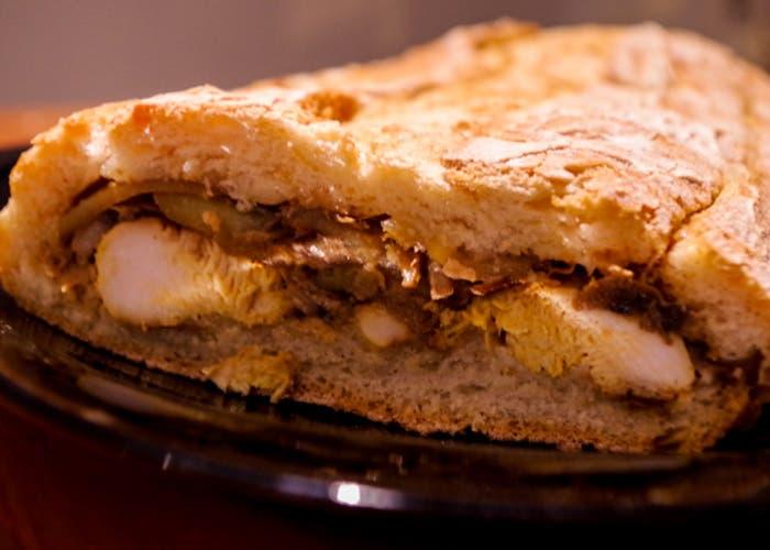 Pan relleno con carne y patatas