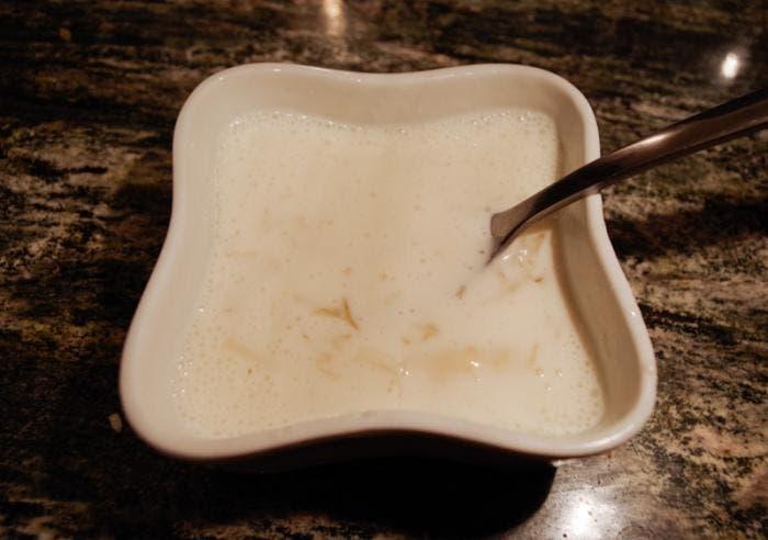 Gelatina con nata mezcladas