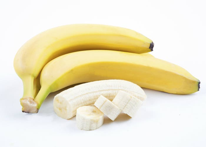 plátano-enterio-rodajas