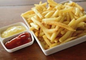 ¿Cómo hacer patatas fritas crocantes?