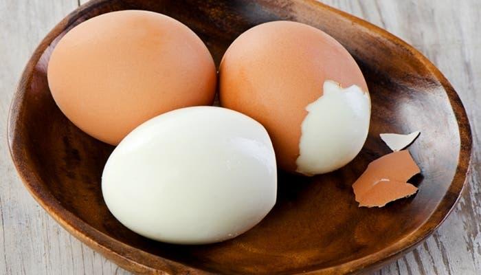 Cómo cocinar huevos duros