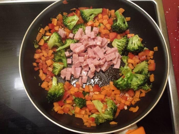 Añadir magro a la fritura