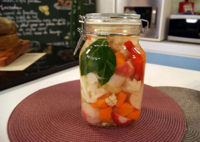 Una forma f cil de elaborar pickles en conserva receta paso a paso - Encurtido de zanahoria ...