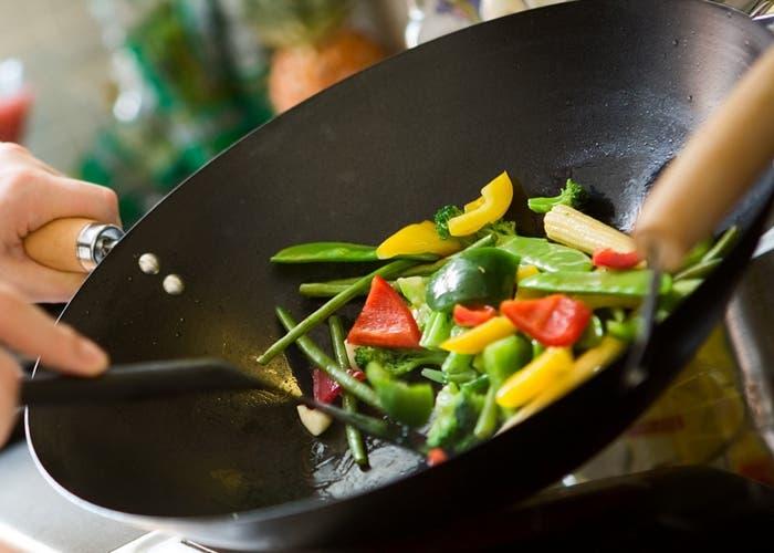 C mo cocinar con wok for Cocinar con wok