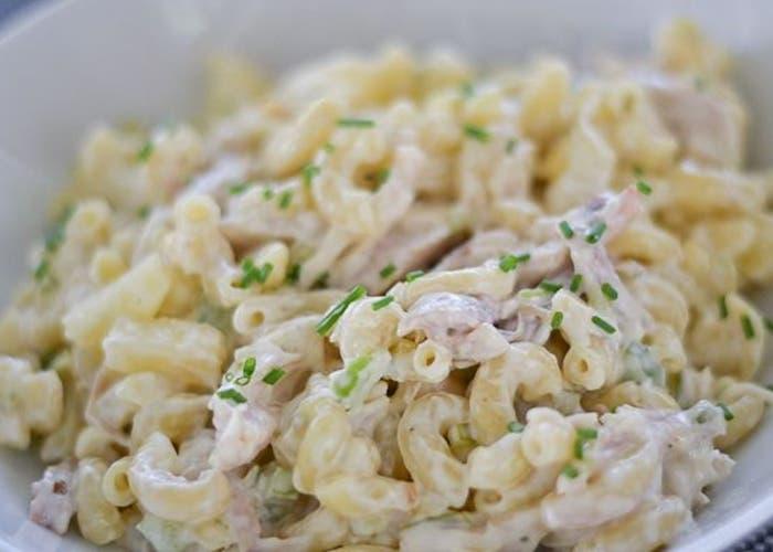 ensalada hawaiana de fideos receta paso a paso