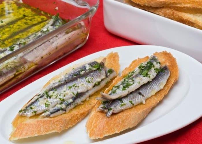 2 maneras de hacer anchoas marinadas, receta paso a paso