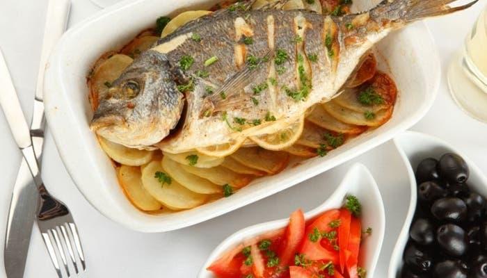 Cocinar pescado al horno