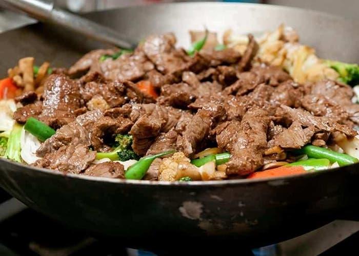 Wok de carne y verduras receta paso a paso - Como hacer verduras salteadas ...