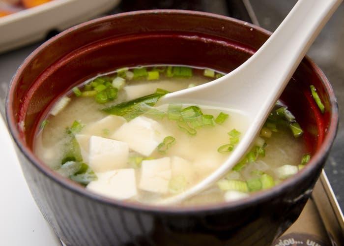 Sopa miso, un platillo típico de la cocina japonesa