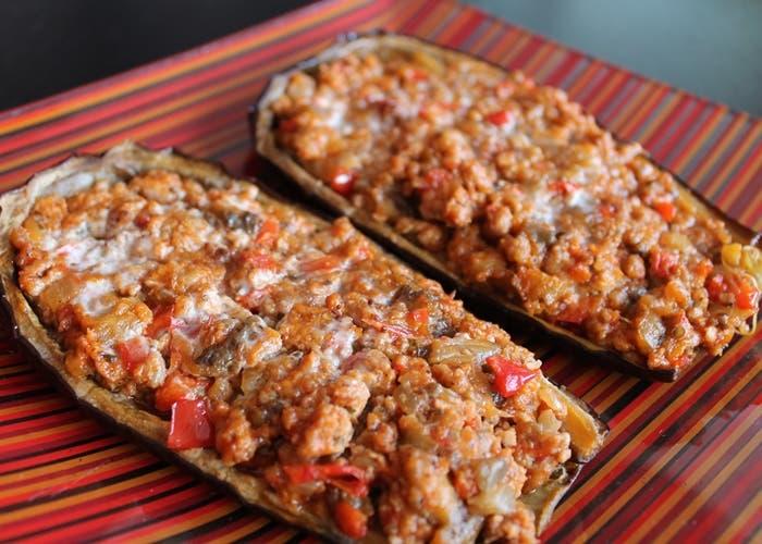 Berenjenas rellenas de carne picada y salsa bechamel receta paso a paso - Berenjenas rellenas al horno ...