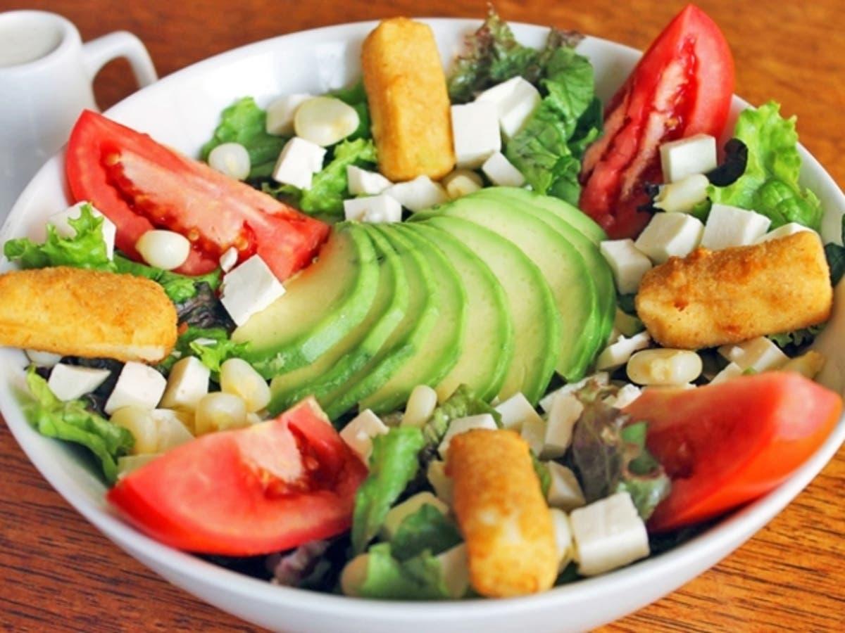 2 recetas de ensaladas con palta fáciles de preparar