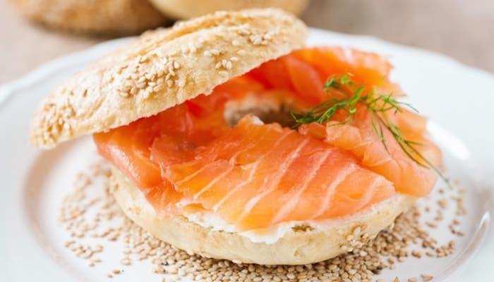 Bagels de salmón