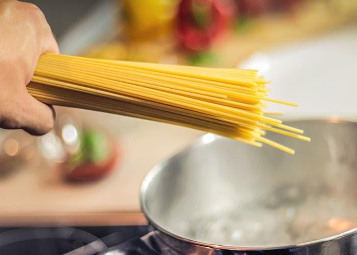 Cocinar espaguetis
