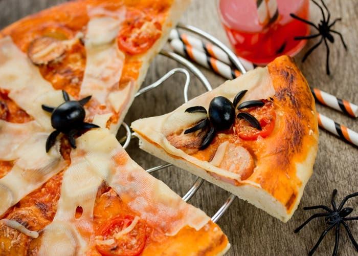 receta-de-pizza-arana-para-halloween