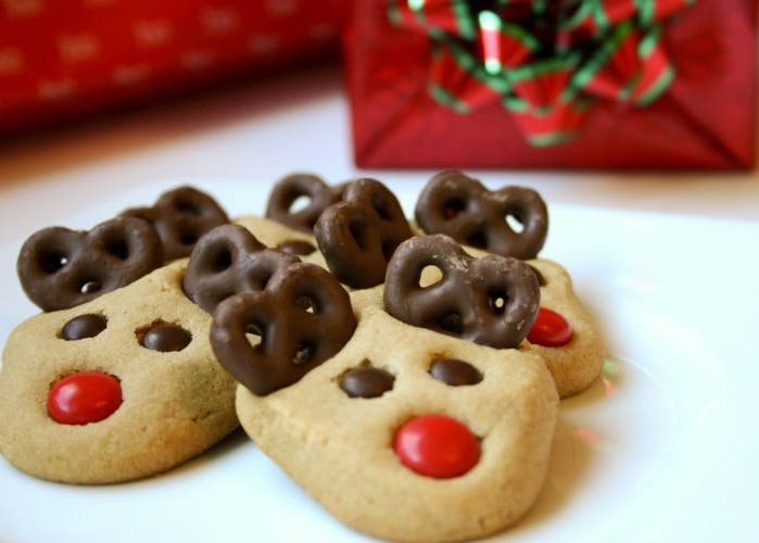 peanut-butter-reindeer-cookies