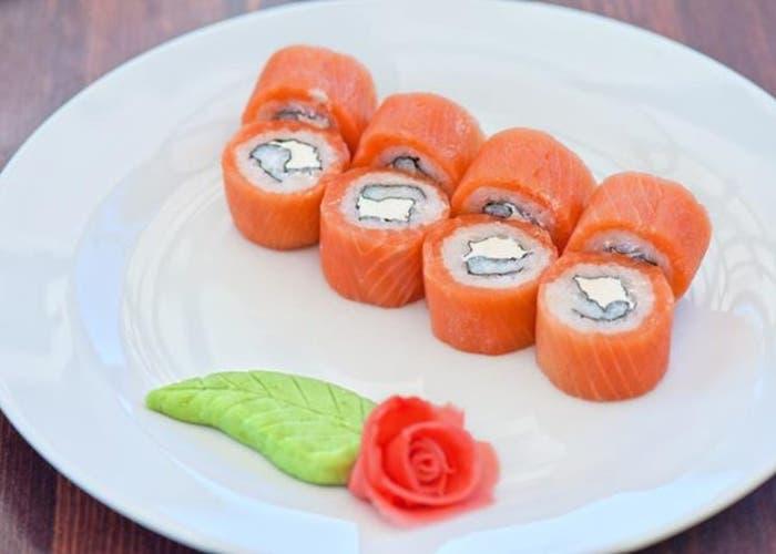 Receta de Sushi de salmón ahumado