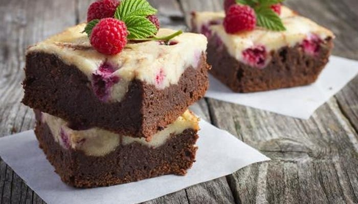 cheesecake-brownies-con-frambuesas3_0