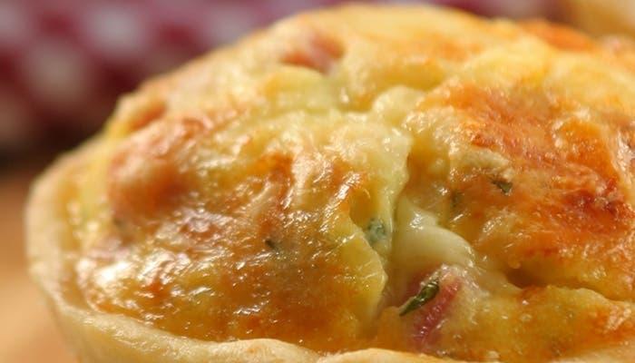 Tartaletas de jamón y queso