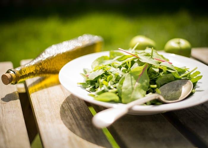 Comer ensalada