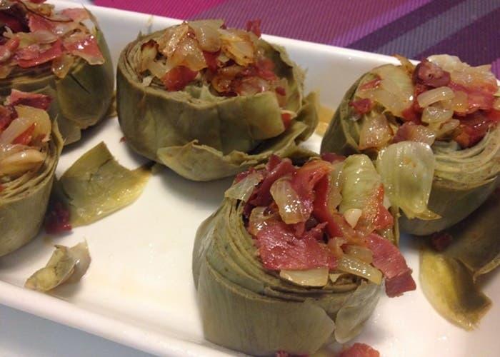 Alcachofas rellenas con jamón, receta paso a paso