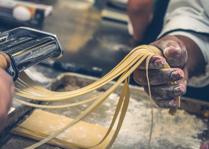 hacer espagueti