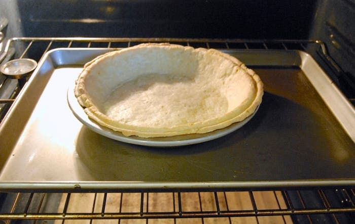 Blind-Bake-Pie-Crust-7