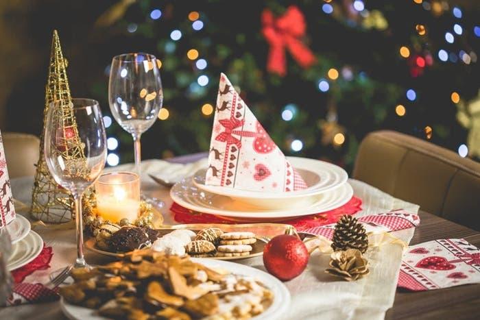 decorar la mesa navideña