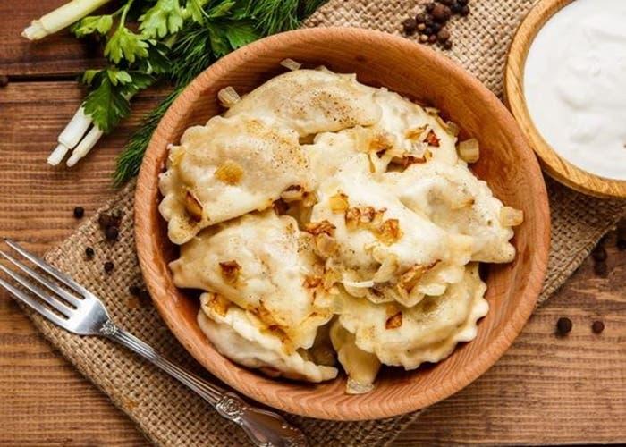 Receta de Varenikes de patatas, un clásico de la cocina ucraniana
