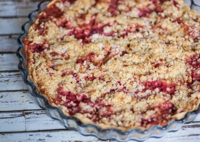 Receta de tarta de ruibarbo y fresa