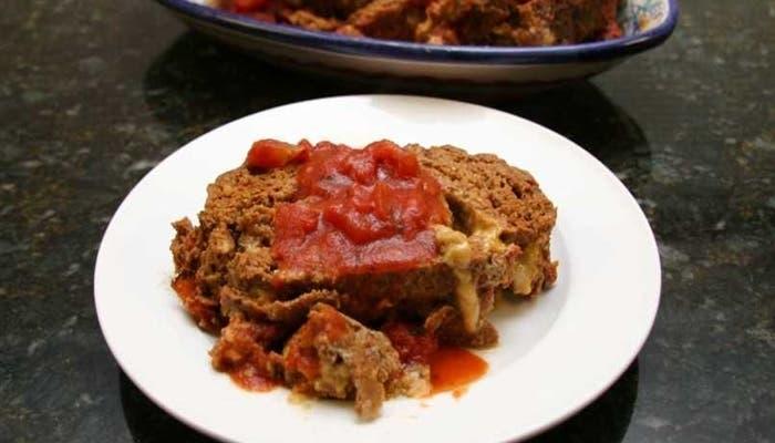 Receta de pastel de carne de res y salchicha italiana