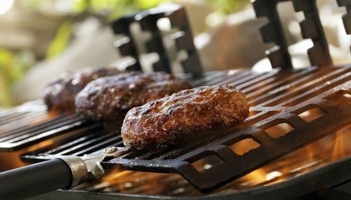 Receta de hamburguesa de carne de res con salsa de mostaza