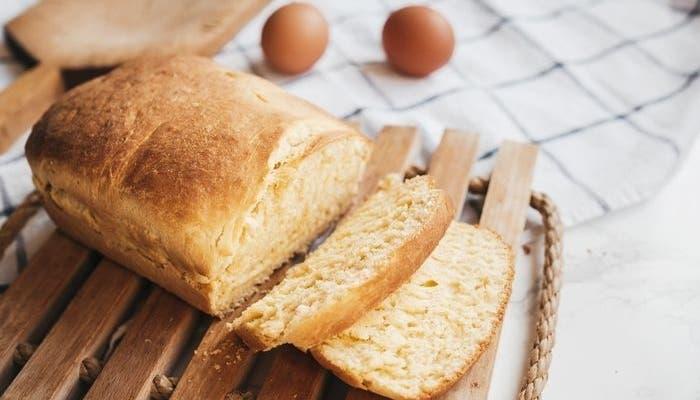 Pan de huevo y mantequilla