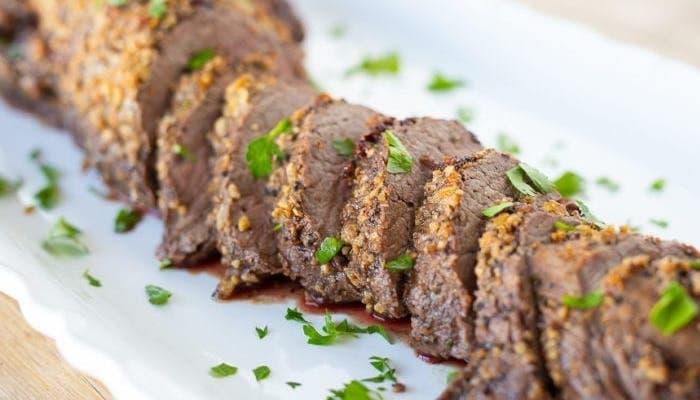 Solomillo de carne de res asado