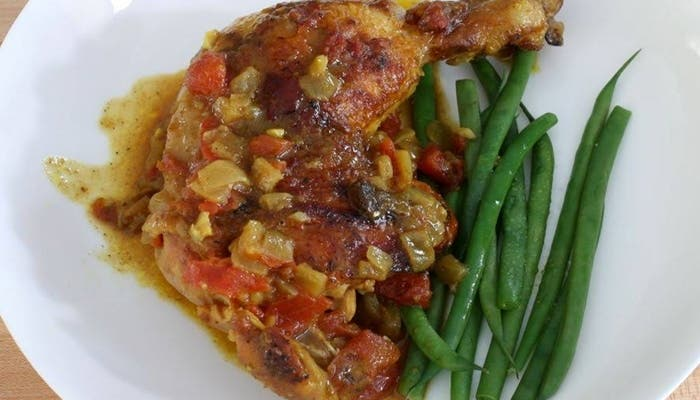 pollo cocido al curry con leche de coco