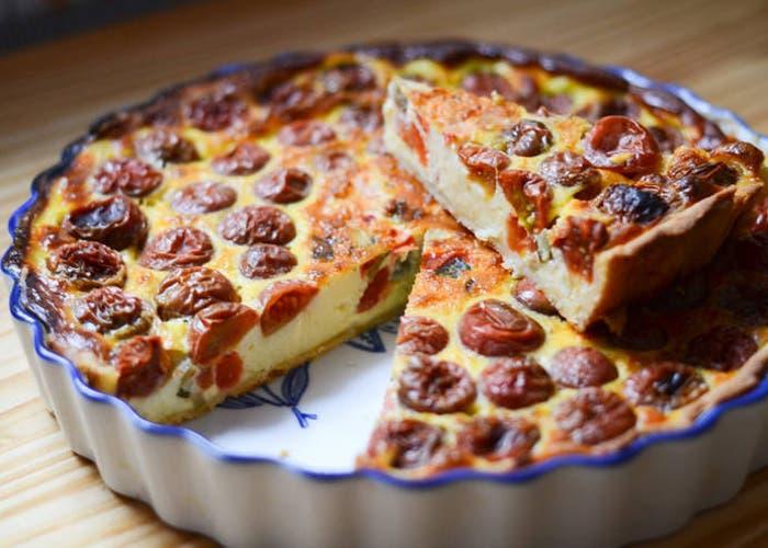 tarta de tomates cherry con crema