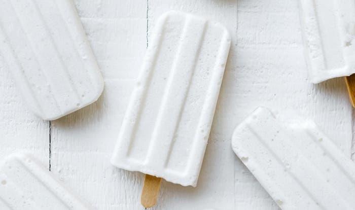paletas heladas de coco