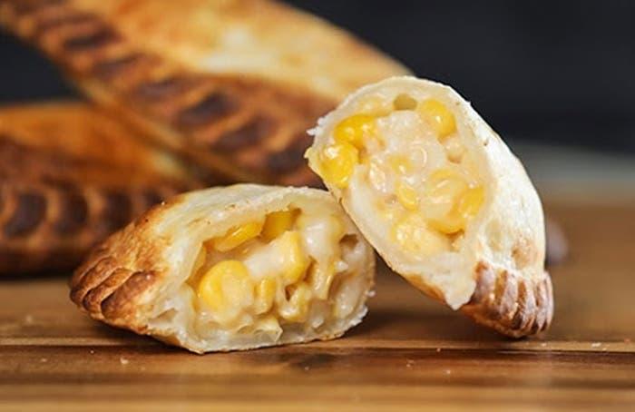 Empanadas de queso y maíz