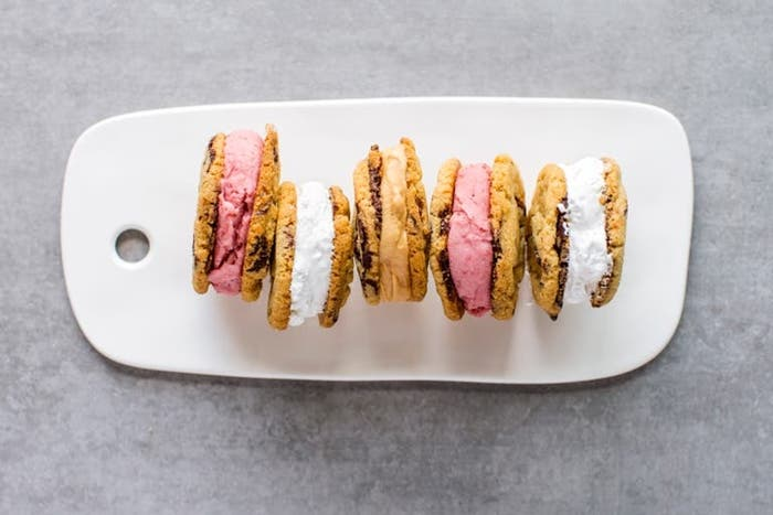 Sandwich de yogur helado