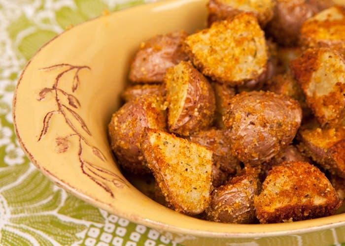 patatas rojas rebozadas