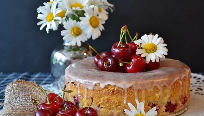 pastel de cerezas polaco