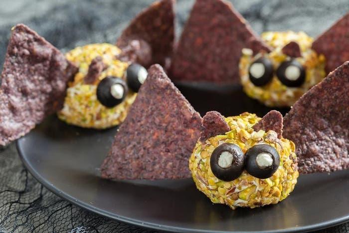 urciélagos de queso de cabra y queso crema