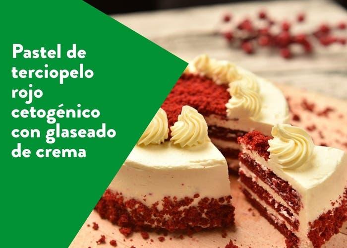 pastel de terciopelo rojo